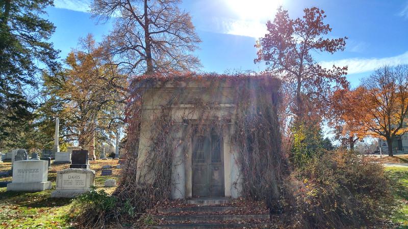 Fairmount Cemetery (116).jpg