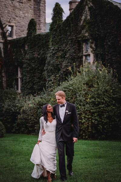 Montreal Wedding Photographer | Wedding Photography + Videography | Ritz Carlton Montreal | Lindsay Muciy Photography Video |2018_657.jpg