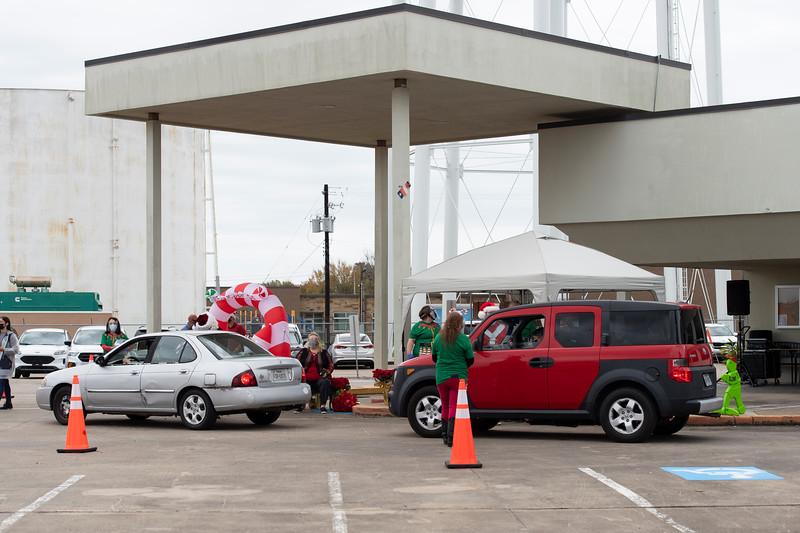 2020_Christmas Drive-Thru_054.jpg