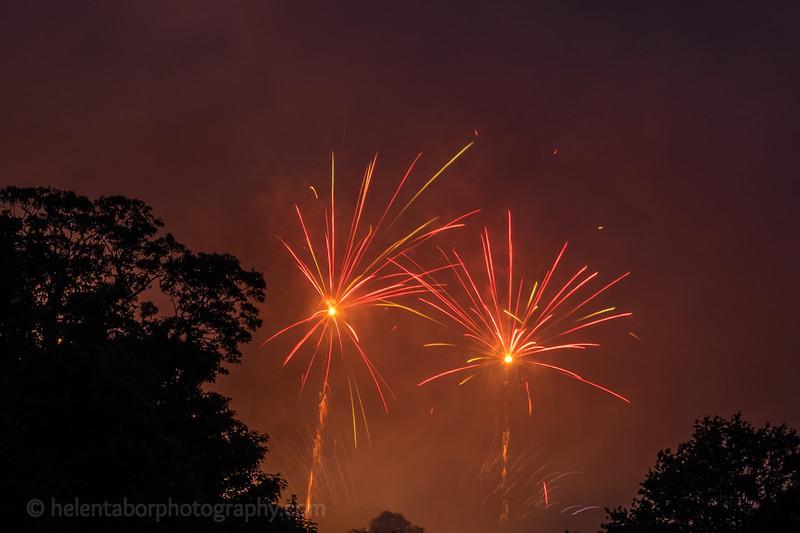 Newby fireworks 2017-65.jpg