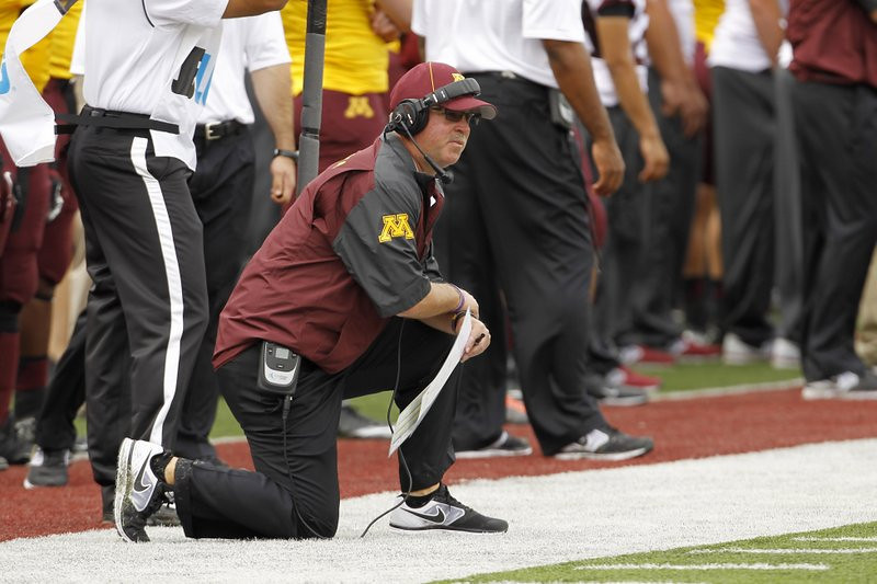 """. <p>1. JERRY KILL  <p>Just because you WANT  to continue coaching big-time football doesn�t mean you SHOULD continue coaching big-time football. (2) <p><b><a href=\'http://www.twincities.com/sports/ci_24105707/gophers-football-norwood-teague-backs-jerry-kill-100\' target=\""""_blank\""""> HUH?</a></b> <p>   <p>OTHERS RECEIVING VOTES <p> ASAC Hank Schrader, Aaron Alexis, NBC News & CBS News, Dashon Goldson, Wisconsin-Arizona State game officials, T.J. Yeldon, Miley Cyrus & Liam Hemsworth, Eli Manning, Carlos Santana, �The Newsroom�, C.J. Ross, Todd Helton, Tim Tebow, Vanilla Ice, Joel Stave, Tiger Woods, Dina Lohan, balloons, New Jersey boardwalk, Mount McKinley, United Airlines, Canelo Alvarez, Michigan Wolverines, Barry Bonds, Pia Zadora, Lawrence Summers, Paula Deen, Ben Johnson, Michael Beasley, 1981-82 New York Knicks. <p> (AP Photo/Ann Heisenfelt)  <br><p>Follow Kevin Cusick on <a href=\'http://twitter.com/theloopnow\'>twitter.com/theloopnow</a>."""