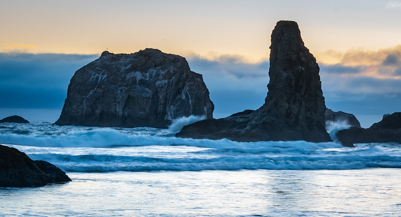 Bandon Beach Face Rock sunset 3 070618.jpg