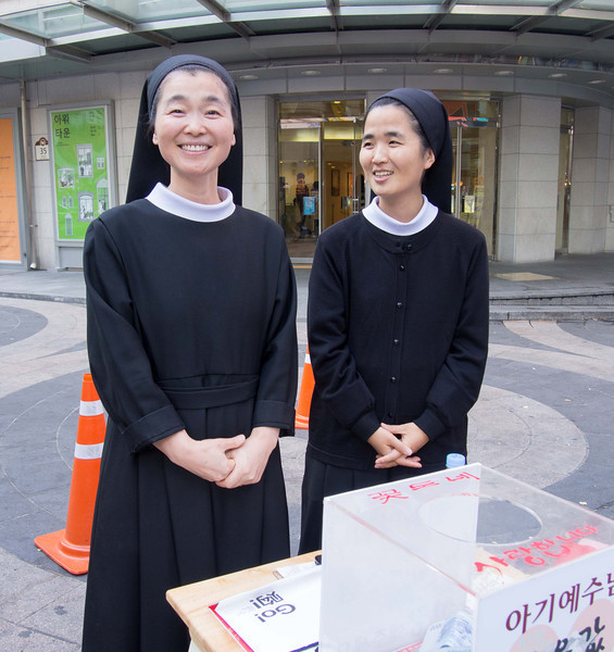 Seto had a chat with these Sisters.