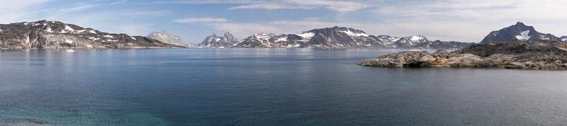 Greenland Mainland from Ikaasatsivaq i5.jpg