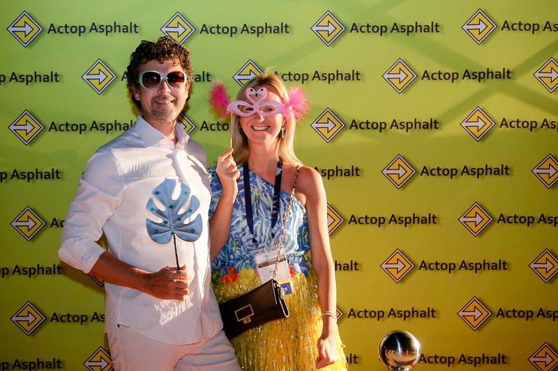 Beach party - Photobooth-6237.jpg
