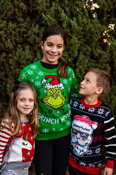 Christmas Sweater Cousins 2020-6696.jpg