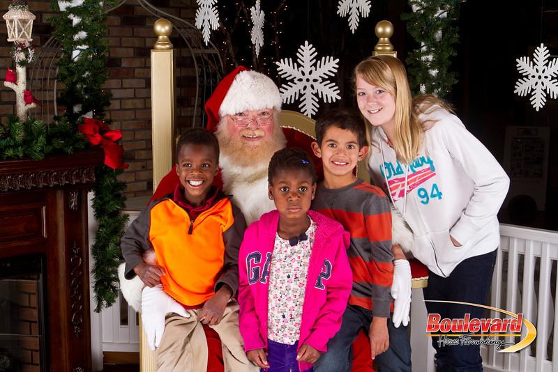 Santa Dec 8-198.jpg