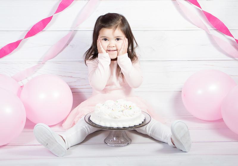 Leila cake smash birthday -13.jpg