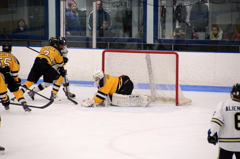150103 Jr. Bruins vs. Providence Capitals-089.JPG
