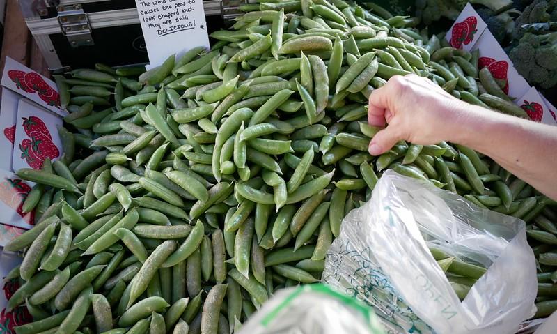 Santa Monica Farmer's Market sugar snap peas
