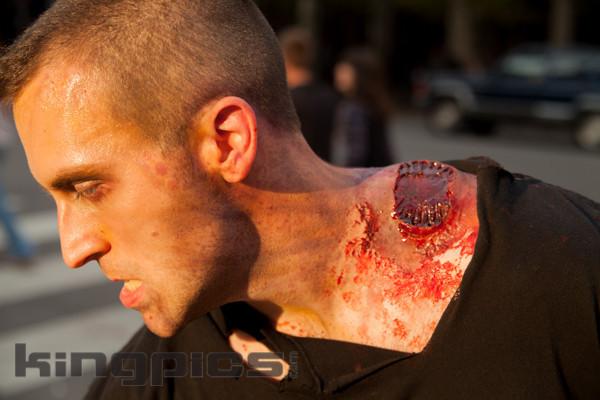ZombieWalk2012131012158.jpg