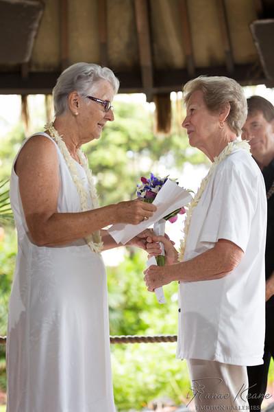 049__Hawaii_Destination_Wedding_Photographer_Ranae_Keane_www.EmotionGalleries.com__141018.jpg