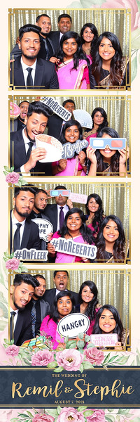 Alsolutely Fabulous Photo Booth 041705.jpg