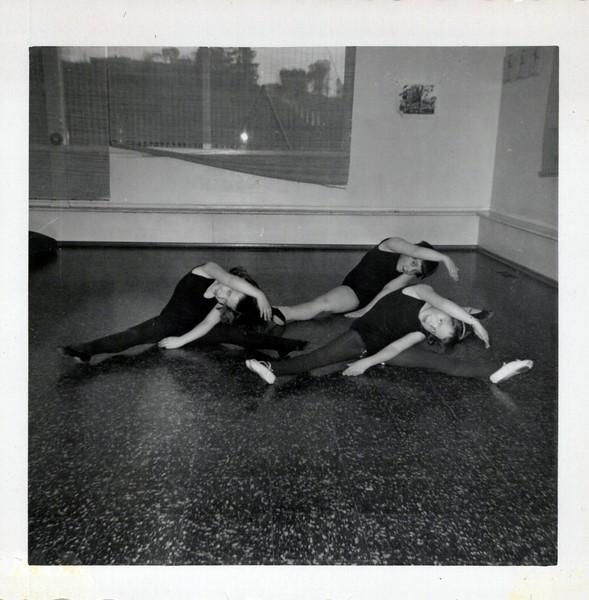 Dance_2883_a.jpg