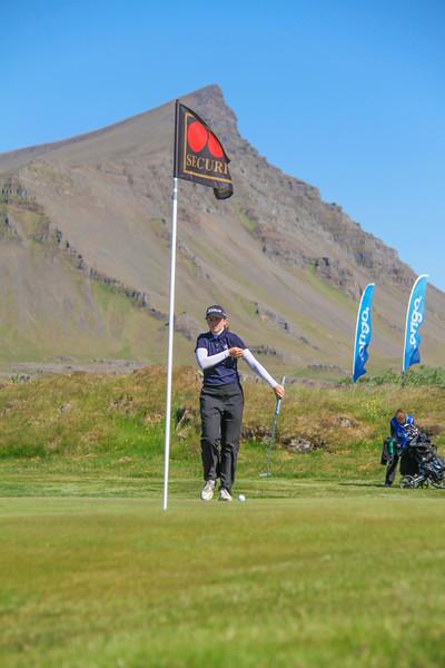 Ragnhildur Kristinsdóttir, GR, á 9. flöt á Garðavelli.  Mynd/seth@golf.is