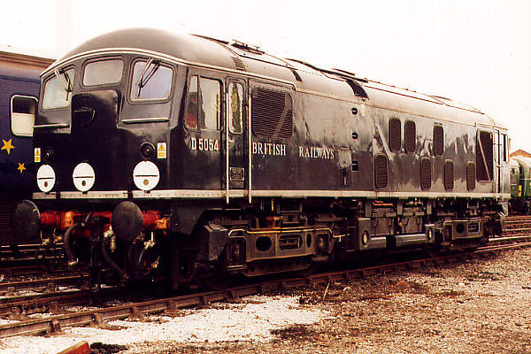 D5054 at Crewe Works on the 20th May 2000