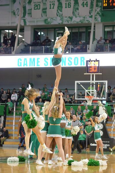cheerleaders8633.jpg