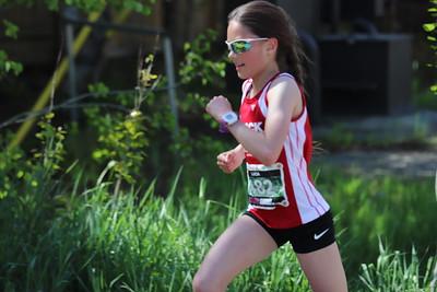 Girls Run_Lucia