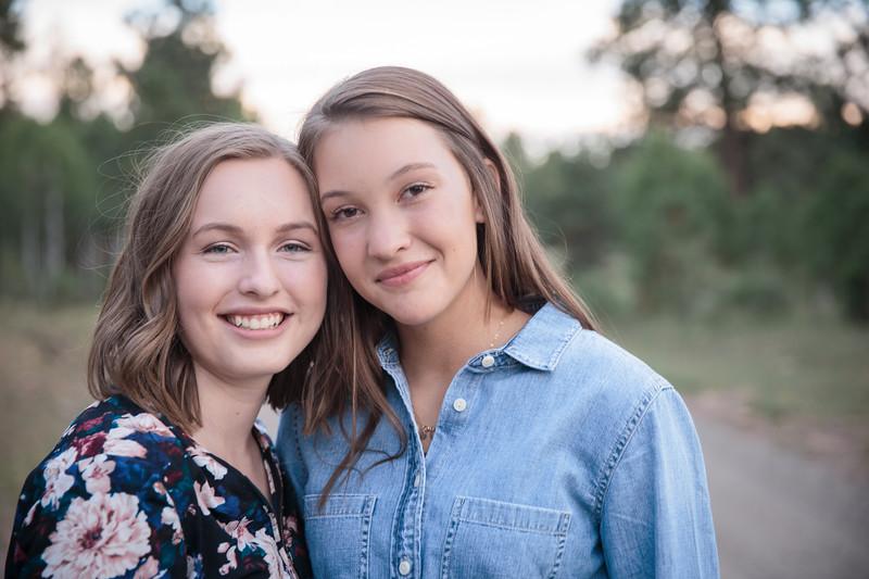 S E N I O R S | Class of 2019 Maddie and Izzy-30.jpg