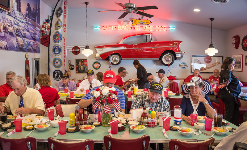 Veterans, Mayor and band dined at The Nutcracker Restaurant