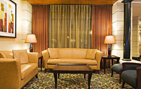 8-Lobby Area.jpg