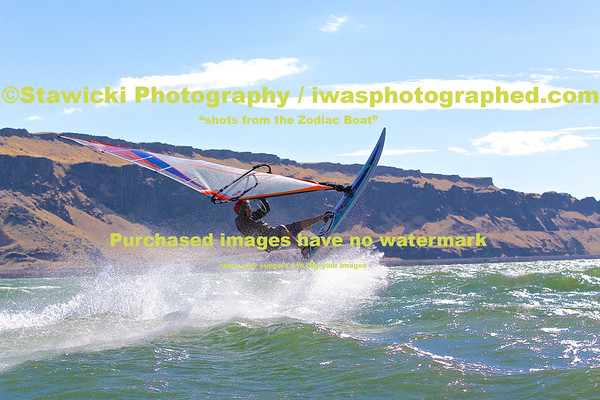 Sunday august 31, 2014 Zodiac at Peach Beach to The Wall. 705 Images.