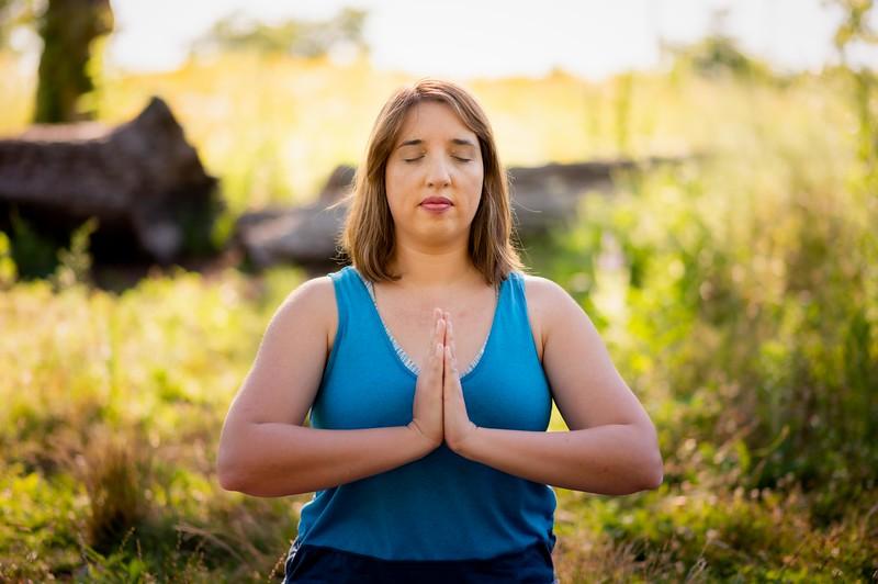 Online Yoga - Lincoln Park Shoot-542.JPG