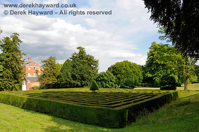 Chevening House - Private Gardens and Maze