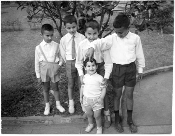 Luís Valente, Miguel Nuno Mendonça, Zé João Mendonça e Vitó Valente com o Manel ( sobrinho do Pipas )