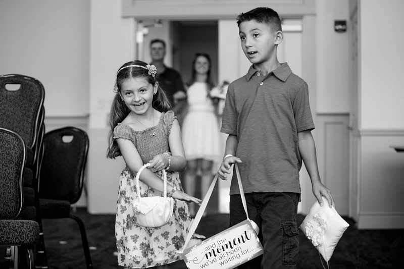 20180810_Mike and Michelle Wedding Rehearsal Documentary_Margo Reed Photo_BW-12.jpg