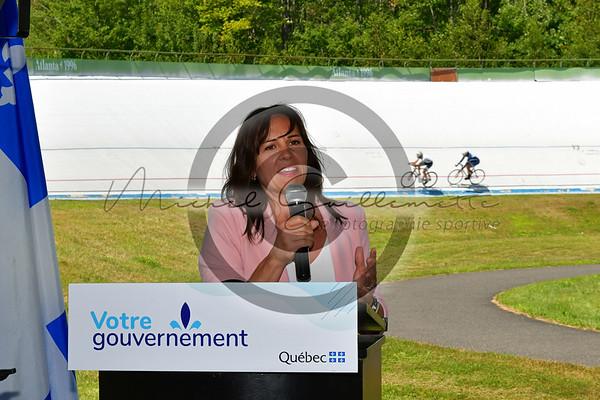 Conférence de presse présenté par le Ministère du tourisme du Québec pour le vélodrome du CNCB