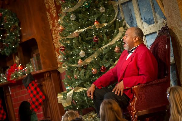 2016-11-30-Choir at the Holiday Gala-Shenandoah Univerity