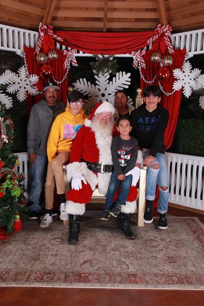 Santa Days_C1 (270).JPG