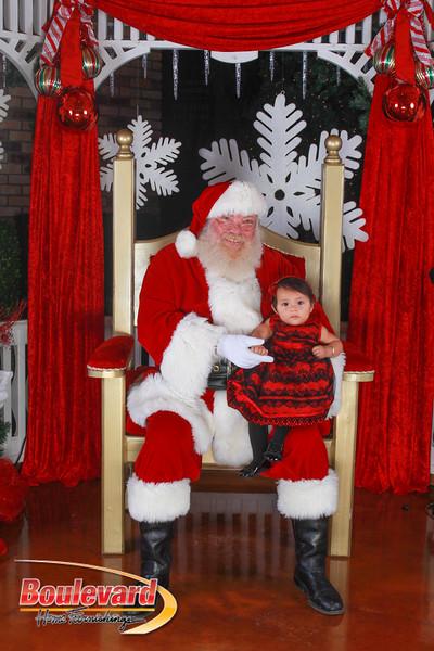 Santa 12-10-16-345.jpg