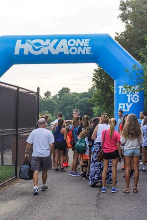 Hoka One One Long Island Community Mile Run