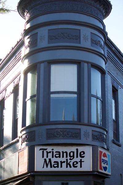 triangle market