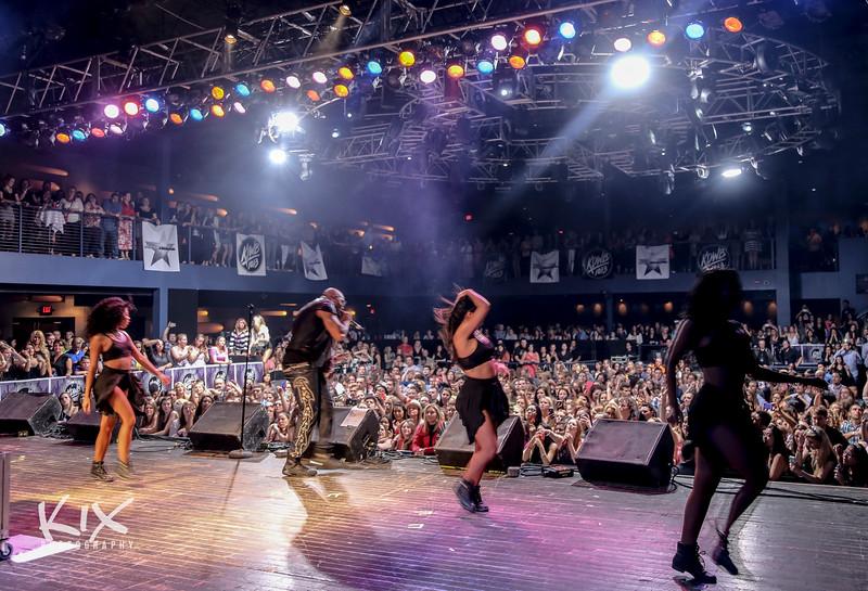 Crowd 9.JPG