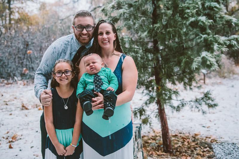 11-27-16 Becky & Douge Family Photo Session Oak Glen in the Snow-9048.jpg