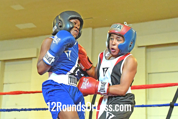 Bout 2 Gregory Bizzell, Red Gloves, Cleveland -vs- Anthony Clark, Blue Gloves, Toledo