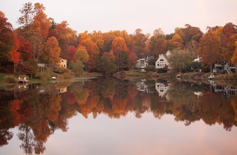 Lake Newport autumn sunrise
