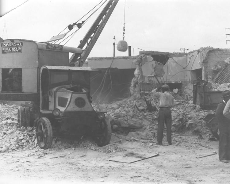 1930, Jail Razed