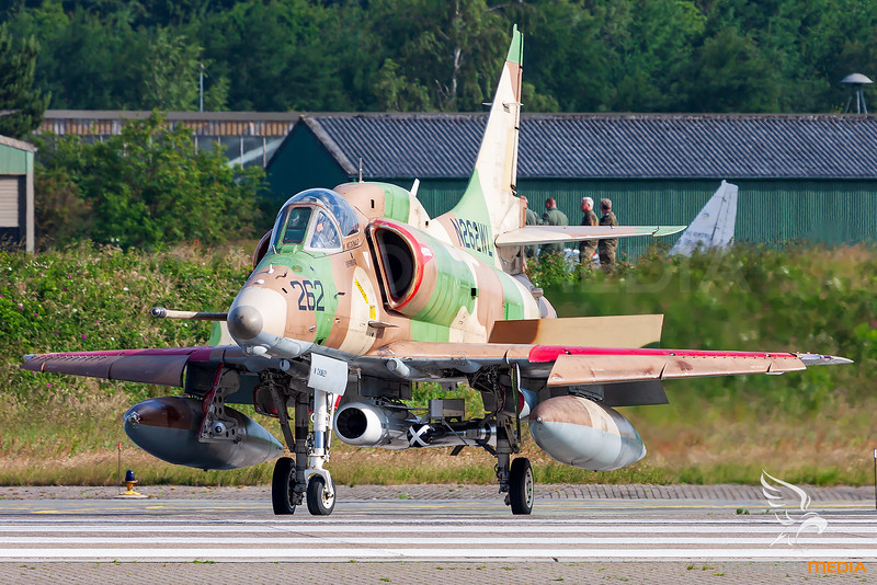 BAe Systems / McDonnell Douglas A-4N Skyhawk / N262WL