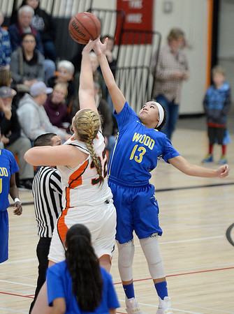 28-01-2017 Wood - Vacaville Girls Basketball