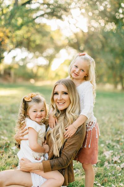 Leany Family-23.jpg