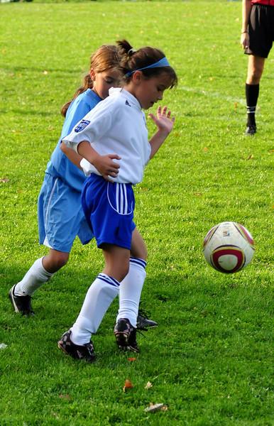plainville u-11 girls soccer 10-17-10-009.jpg