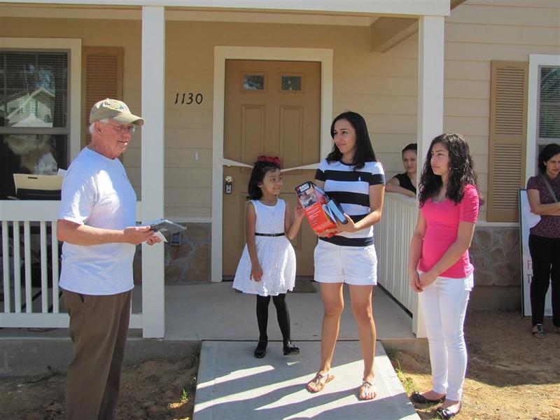 Habitat Ledys Home 4-7-2012 027 (Medium).JPG
