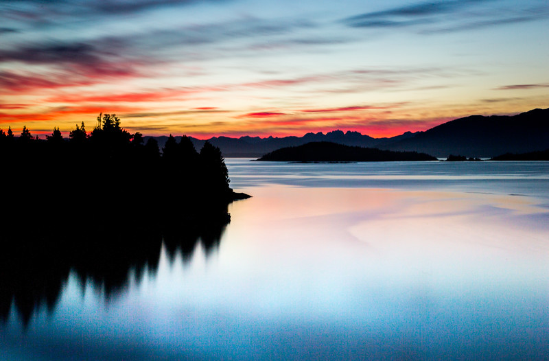 I was filming with @BamfieldMSC  Vancouver Island #Canada for #BBCEarth #EarthOnLocation. After a day filming on the wind-battered islands it was calming to be back at the marine station in time to watch the sun set behind the distant mountains. (This shot is 150sec exposure at f14 ISO100) #Marine #Vancouver #Canada #Coastal #Sunset