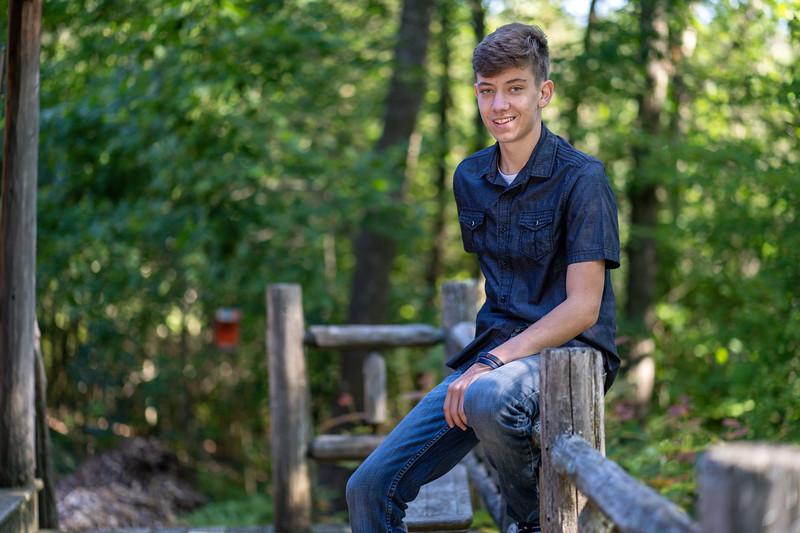 Cody Bonham Senior Photos NO SIG-1452.jpg