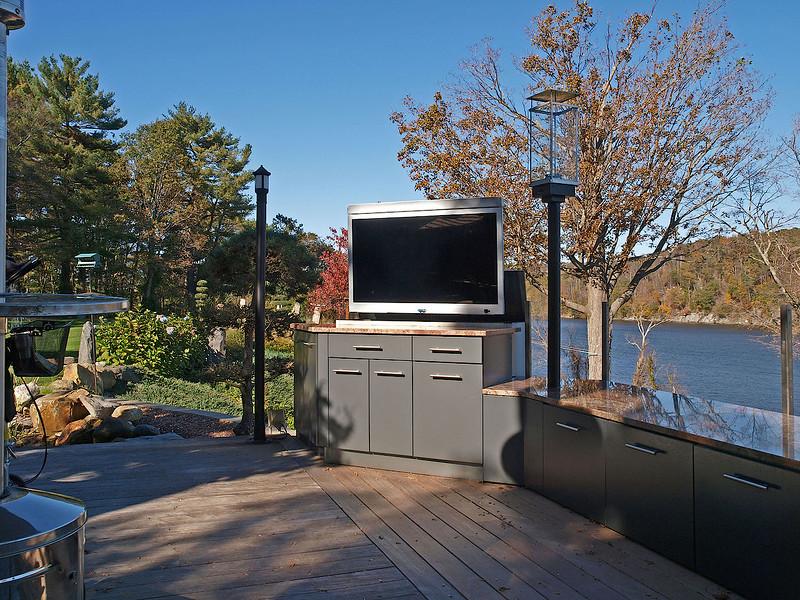 ct_river_outdoor1.jpg