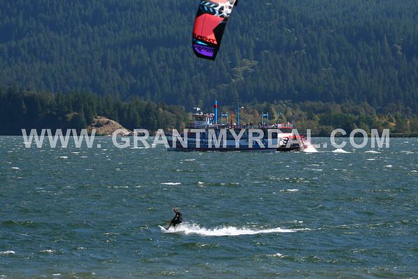 friday sep 12 stevenson WA kitebeach! Nukin wind 200 mm lens ALL IMAGES LOADED